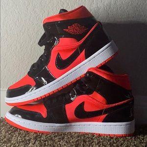 red and black nike jordans
